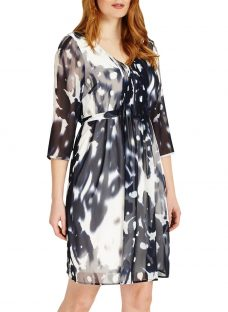 Studio 8 Ainsley Abstract Print V Neck Shift Dress