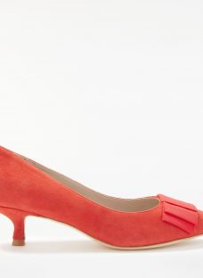 Boden Adelaide Kitten Heel Court Shoes