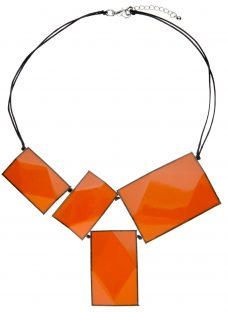One Button 4 Large Rectangular Facets Necklace