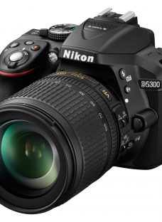 Nikon D5300 Digital SLR Camera with 18-105mm VR Zoom Lens