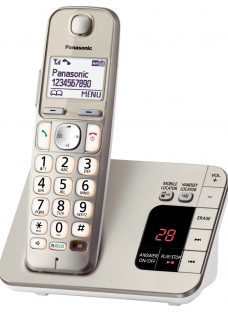 Panasonic KX-TGE220EN Big Button Digital Cordless Telephone with 1.8 LCD Screen