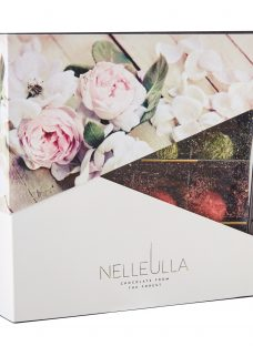 Nelleulla Fruit and Berry Truffles
