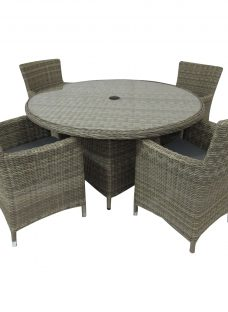 Royalcraft Wentworth Carver 4-Seater Garden Dining Table and Chairs Set